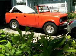 1964 International Scout http://www.cardomain.com/ride/3940302/1964-international-scout/