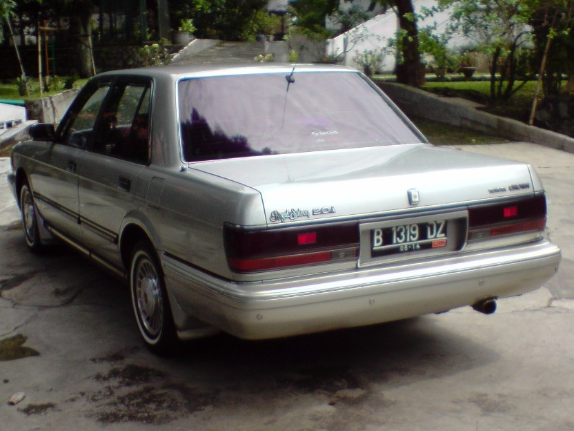 040807 1991 Toyota Crown 14492458