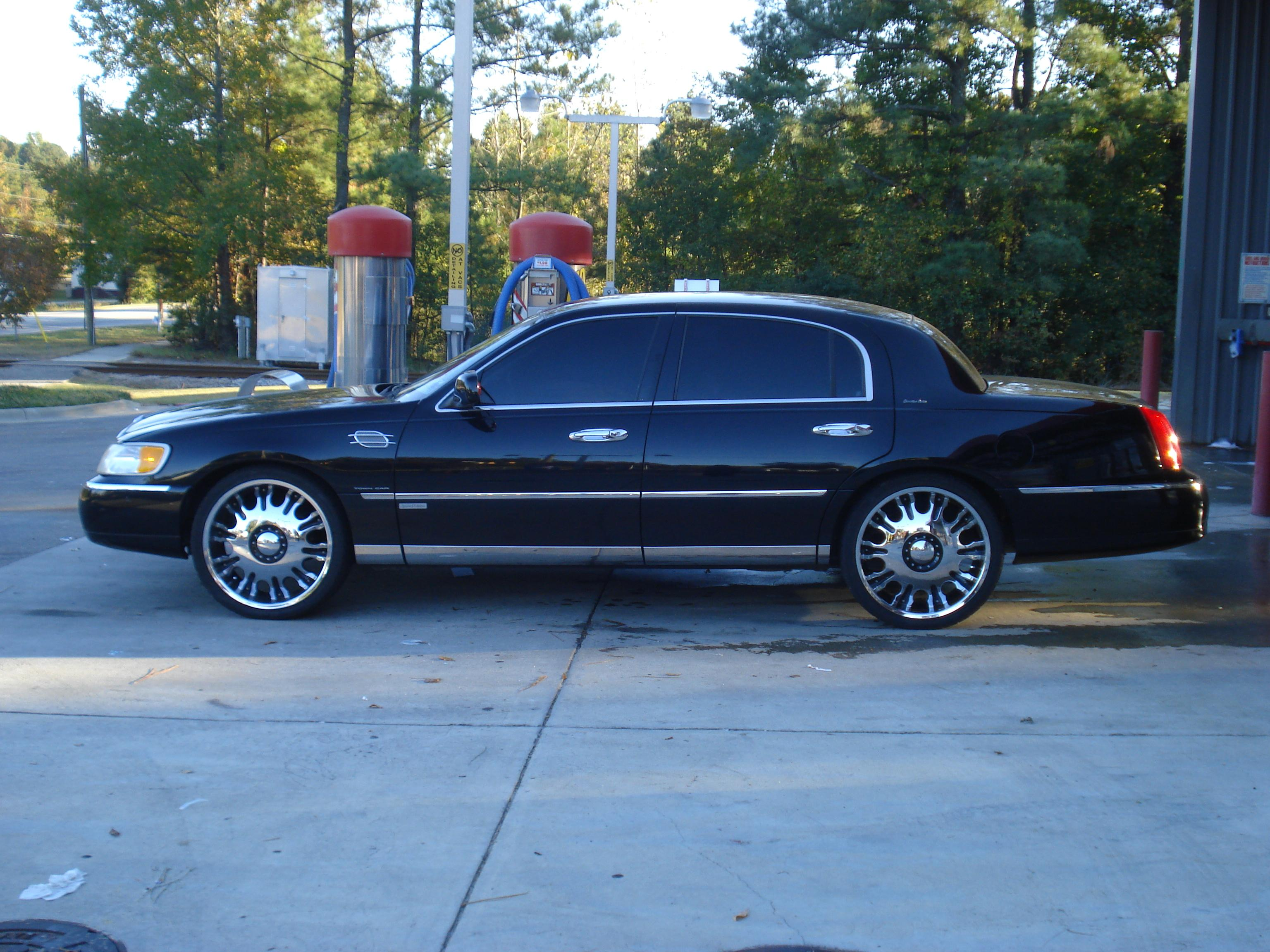 1998 Lincoln Town Car View All 1998 Lincoln Town Car At Cardomain