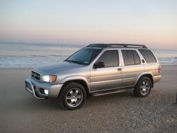 BroncoDubs's 2004 Nissan Pathfinder