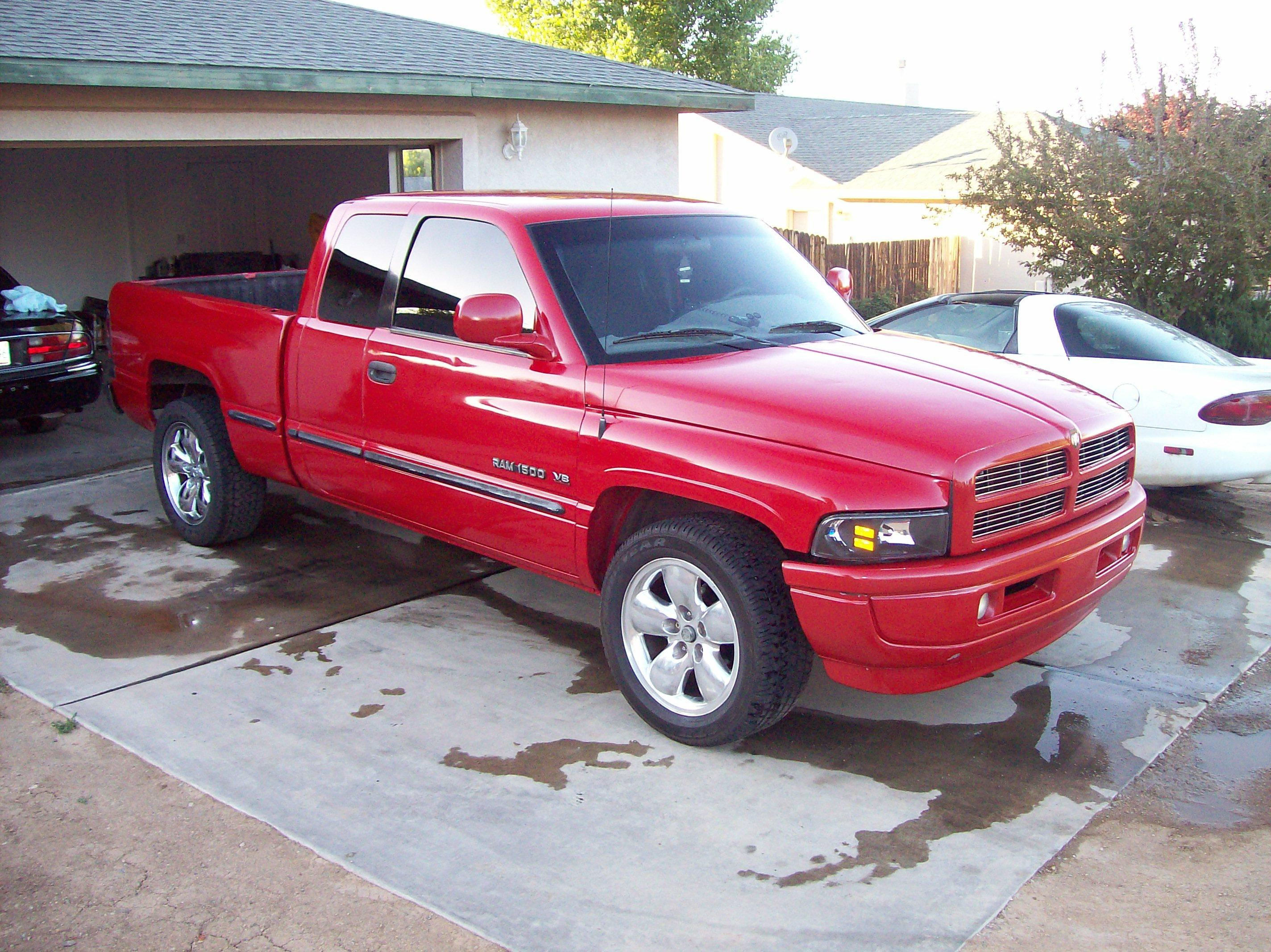 andrew98jeepgc 1998 dodge ram 1500 quad cab specs photos modification info at cardomain. Black Bedroom Furniture Sets. Home Design Ideas