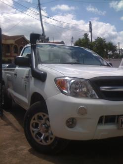 gseehras 2009 Toyota HiLux