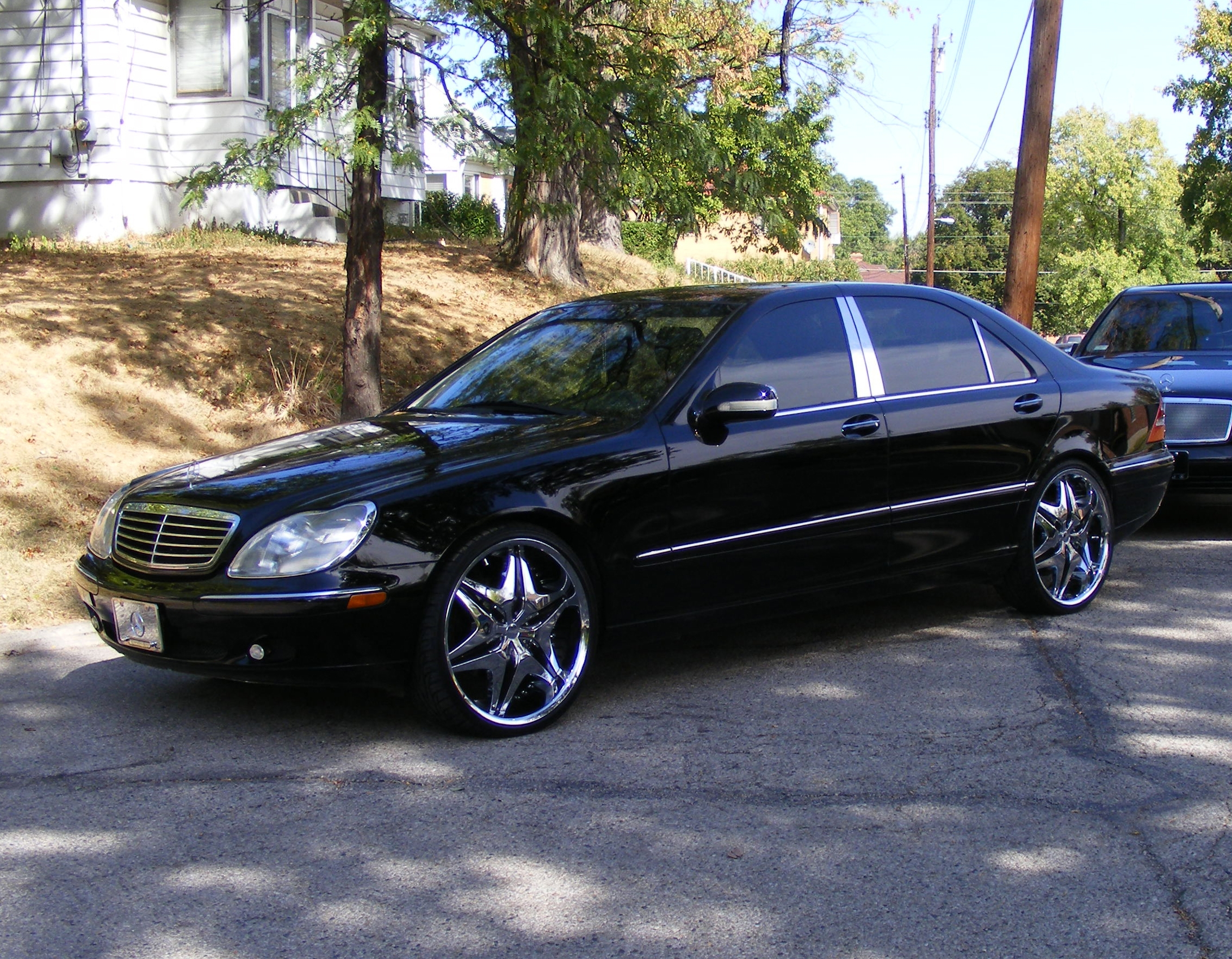 Madlmusic 39 s 2000 mercedes benz s class s500 sedan 4d in for Mercedes benz s class 2000