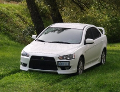 white_plagues 2010 Mitsubishi Lancer