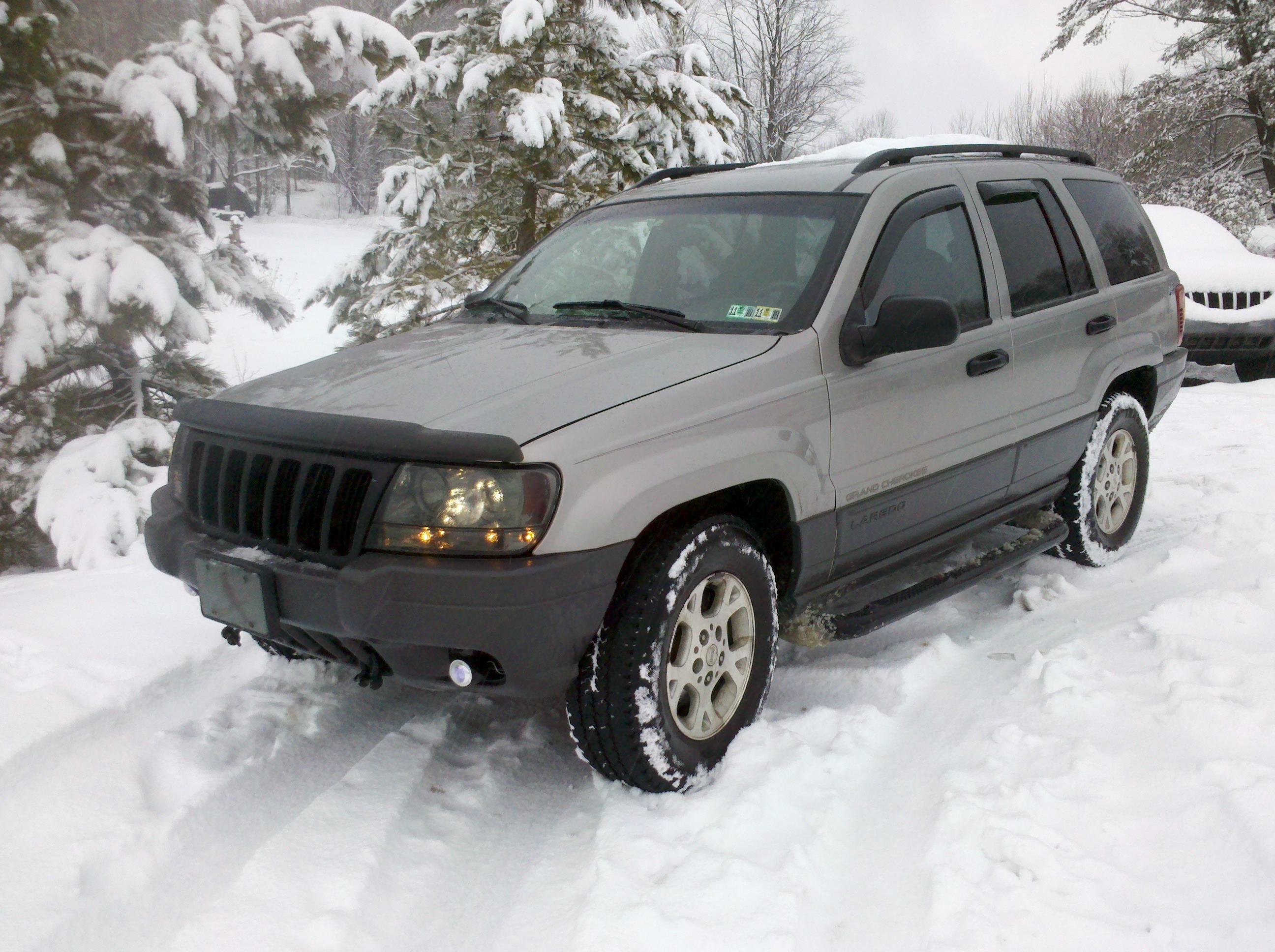 Jobhn7 2001 jeep grand cherokee