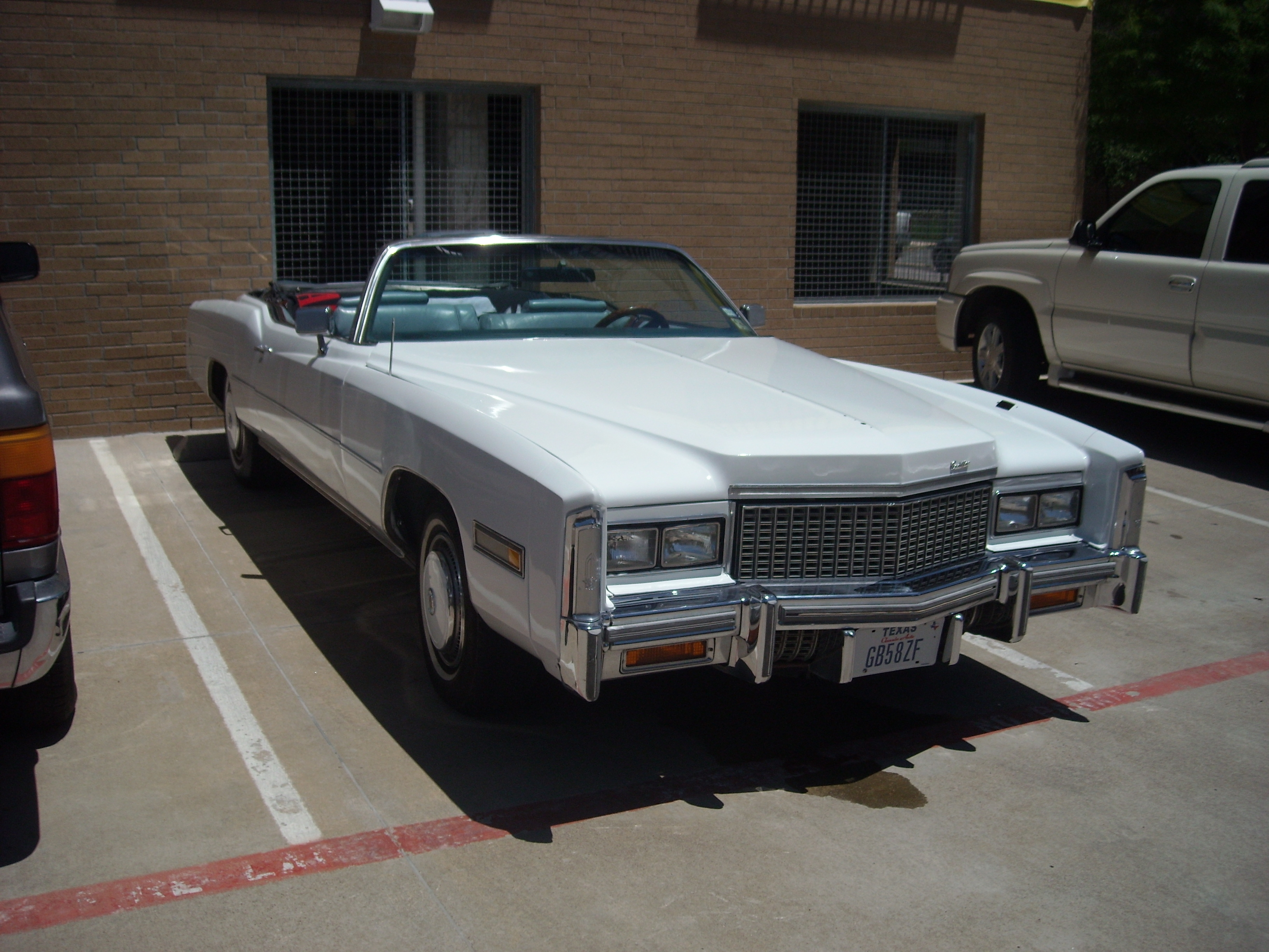 Another shootmygunforeal 1976 Cadillac Eldorado post... - 14520876