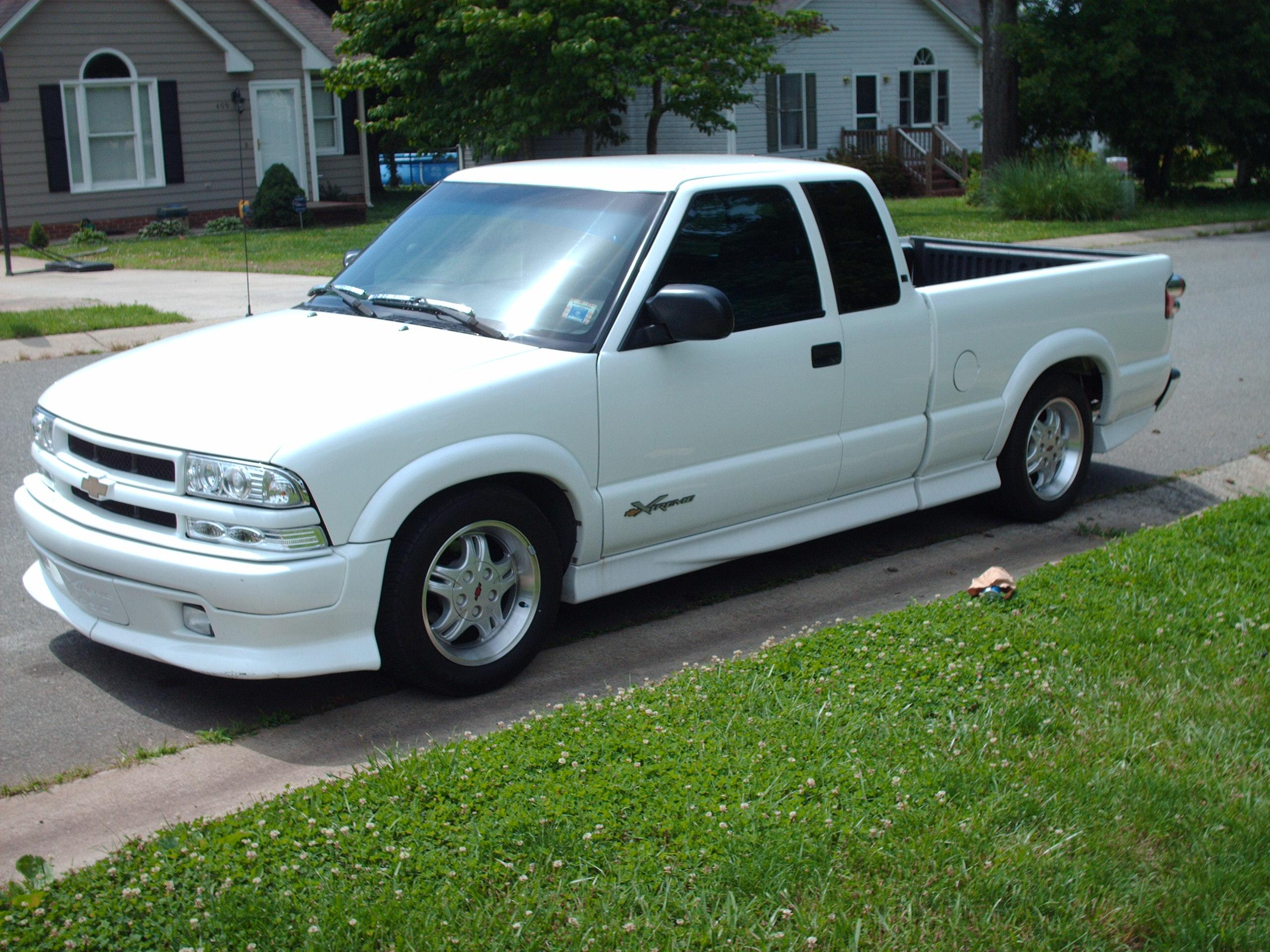 xtremerage2002 s 2000 chevrolet s10 regular cab. Black Bedroom Furniture Sets. Home Design Ideas