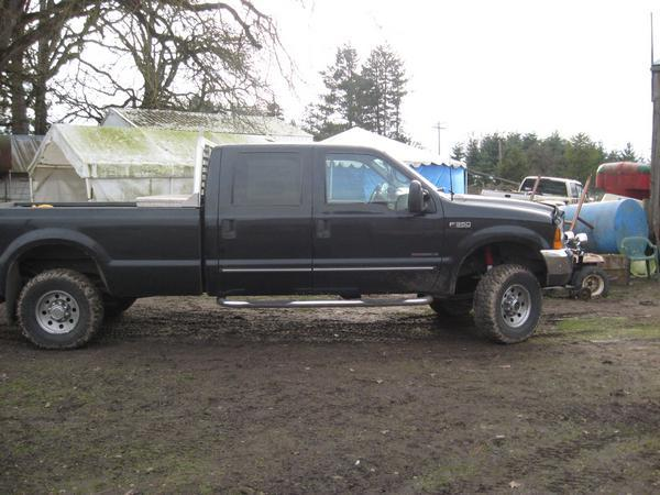 jacobcogburn84's 2000 Ford F350 Super Duty Crew Cab