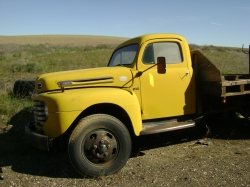 1948 Ford F550 Super Duty Regular Cab & Chassis