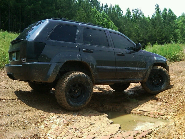 16 Wheels Are Possible On A Wk Jeepforum Com