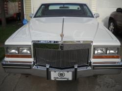 Low4Life94s 1982 Cadillac DeVille