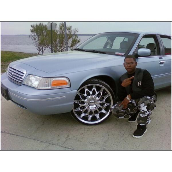 Another kd_welch 2003 Ford Crown Victoria post... - 14543805