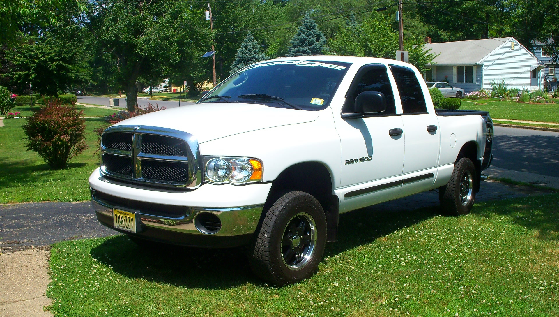 dodgekid05 2005 dodge ram 1500 quad cab specs photos modification info at cardomain. Black Bedroom Furniture Sets. Home Design Ideas