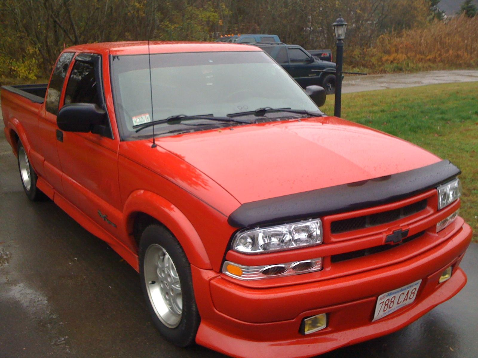 edupree1884 39 s 2000 chevrolet s10 regular cab in marion ma. Black Bedroom Furniture Sets. Home Design Ideas