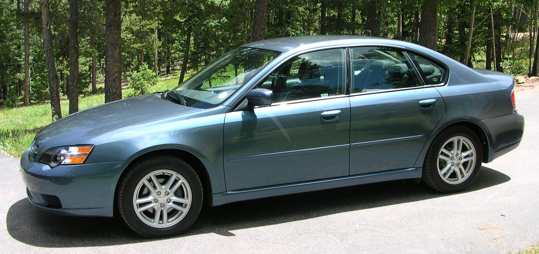 spec tacular 2005 subaru sedan 4d specs photos. Black Bedroom Furniture Sets. Home Design Ideas