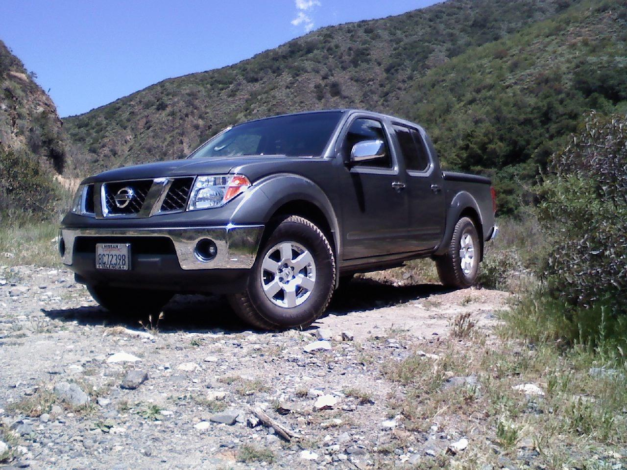 bmarsh92 2006 nissan frontier crew cab specs photos modification info at cardomain. Black Bedroom Furniture Sets. Home Design Ideas
