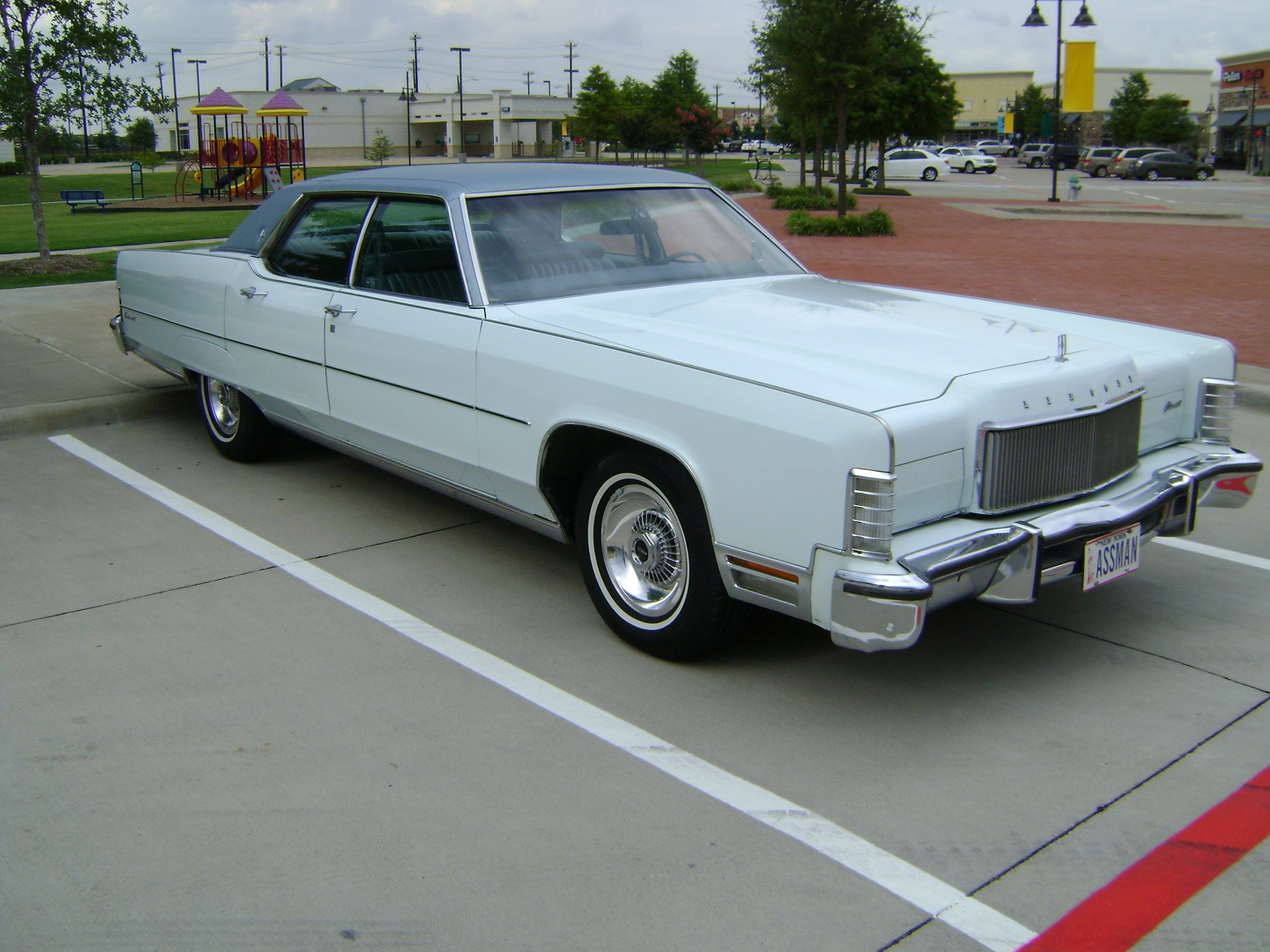 Another SMOKUSMAXIMUS 1974 Lincoln Continental post... - 14556164