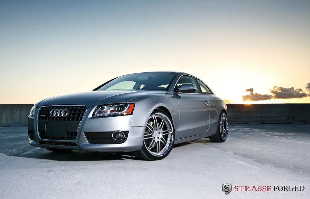 Strasse_Forged 2010 Audi A5