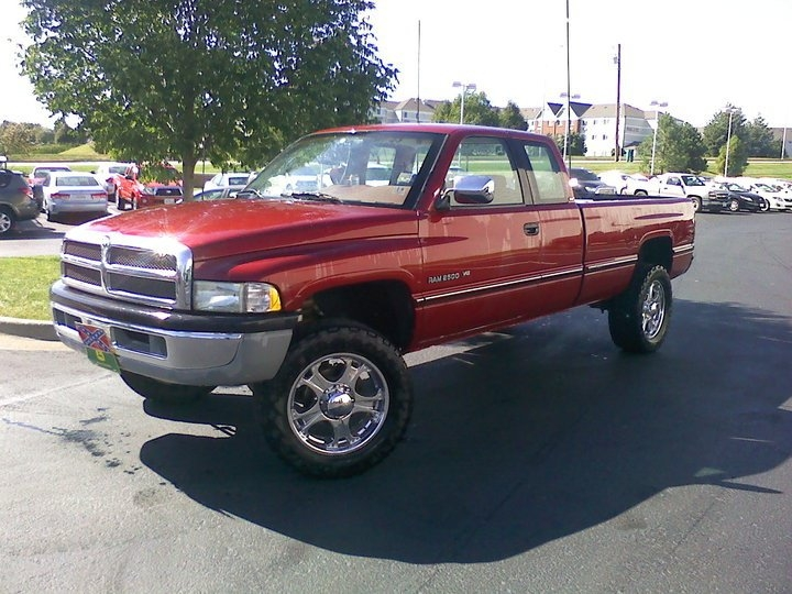 9livesnick 1997 Dodge Ram 2500 Club Cabshort Bed Specs