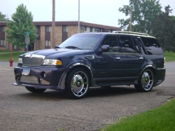 navi2001gators 2001 Lincoln Navigator