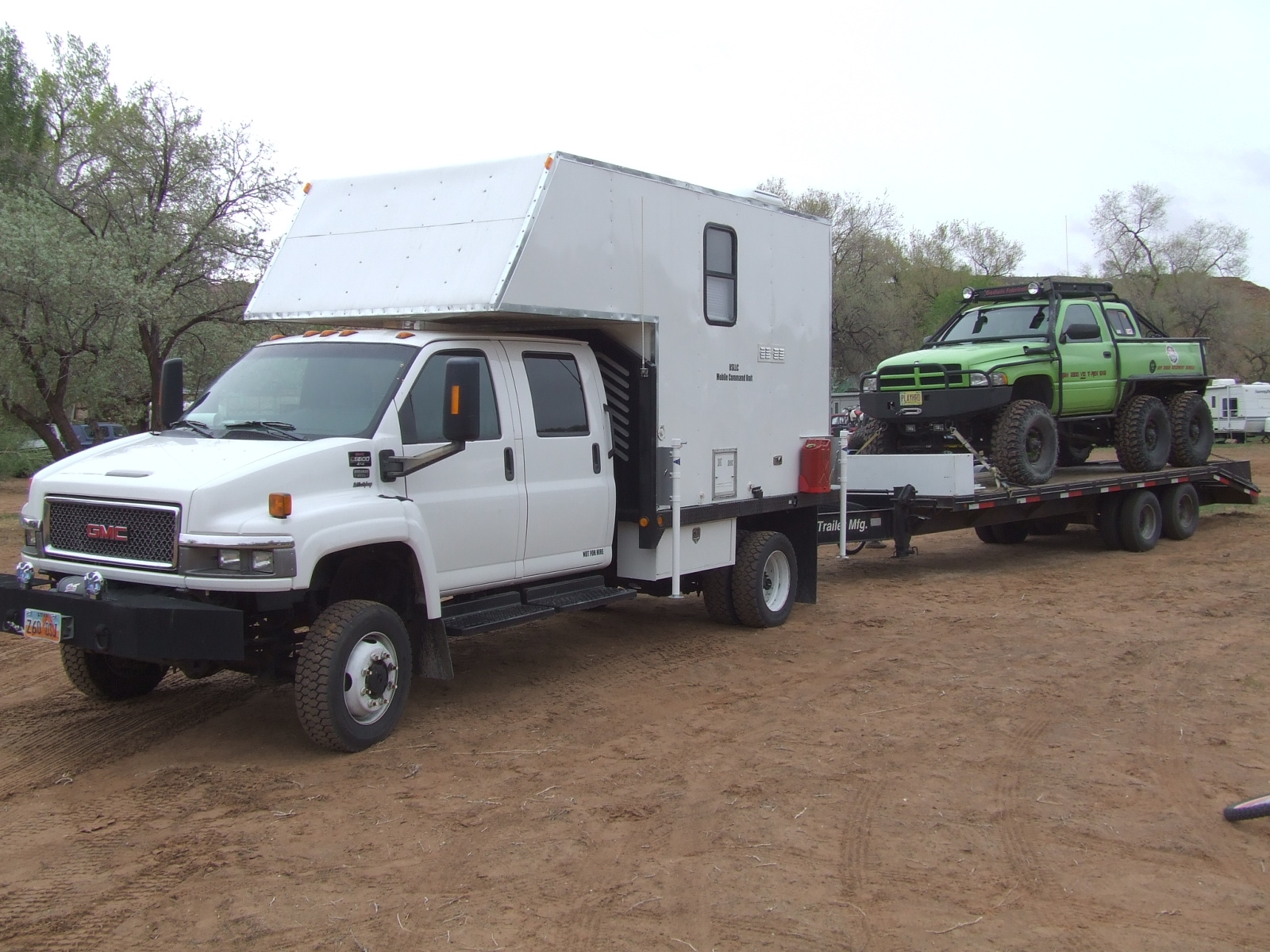 Another T-Rex6x6 2005 GMC Topkick post... - 14566459