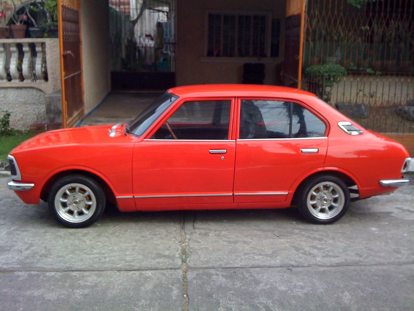 Mba H additionally Toyota Corolla E Sedan X in addition Toyota Carina Ta Similar To Celica Corolla Crown Corona furthermore Maxresdefault furthermore Valiant Rt Charger Front Angle. on 1972 toyota corolla