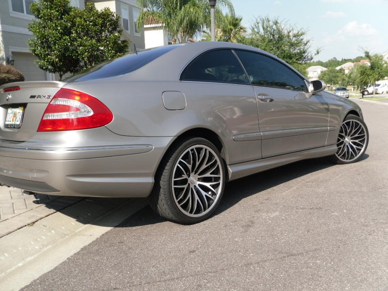 Shroverboi 39 s 2005 mercedes benz clk class clk500 coupe 2d for Mercedes benz clk 2005
