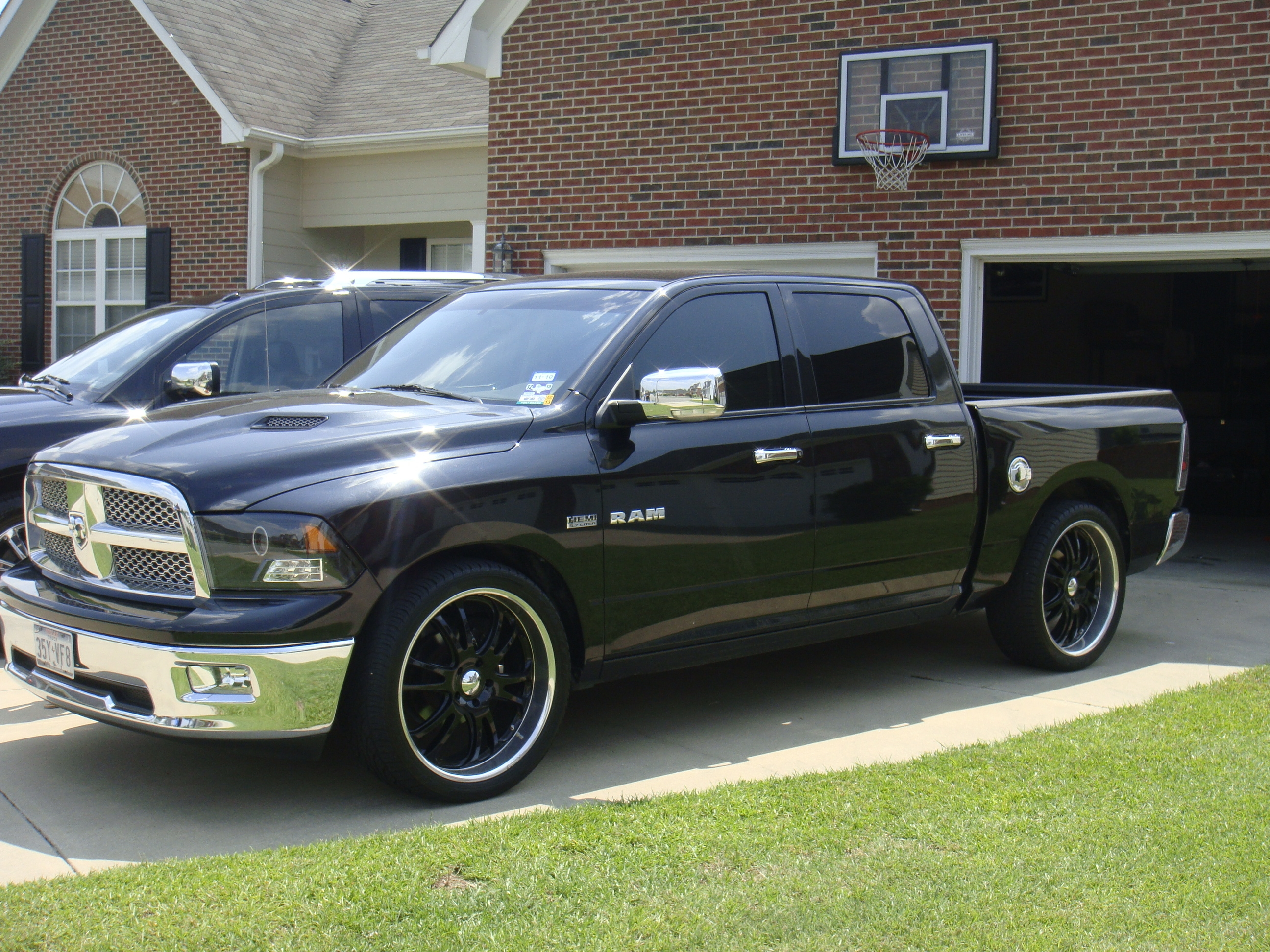 possumhatter 2009 dodge ram 1500 crew cab specs photos modification info at cardomain. Black Bedroom Furniture Sets. Home Design Ideas
