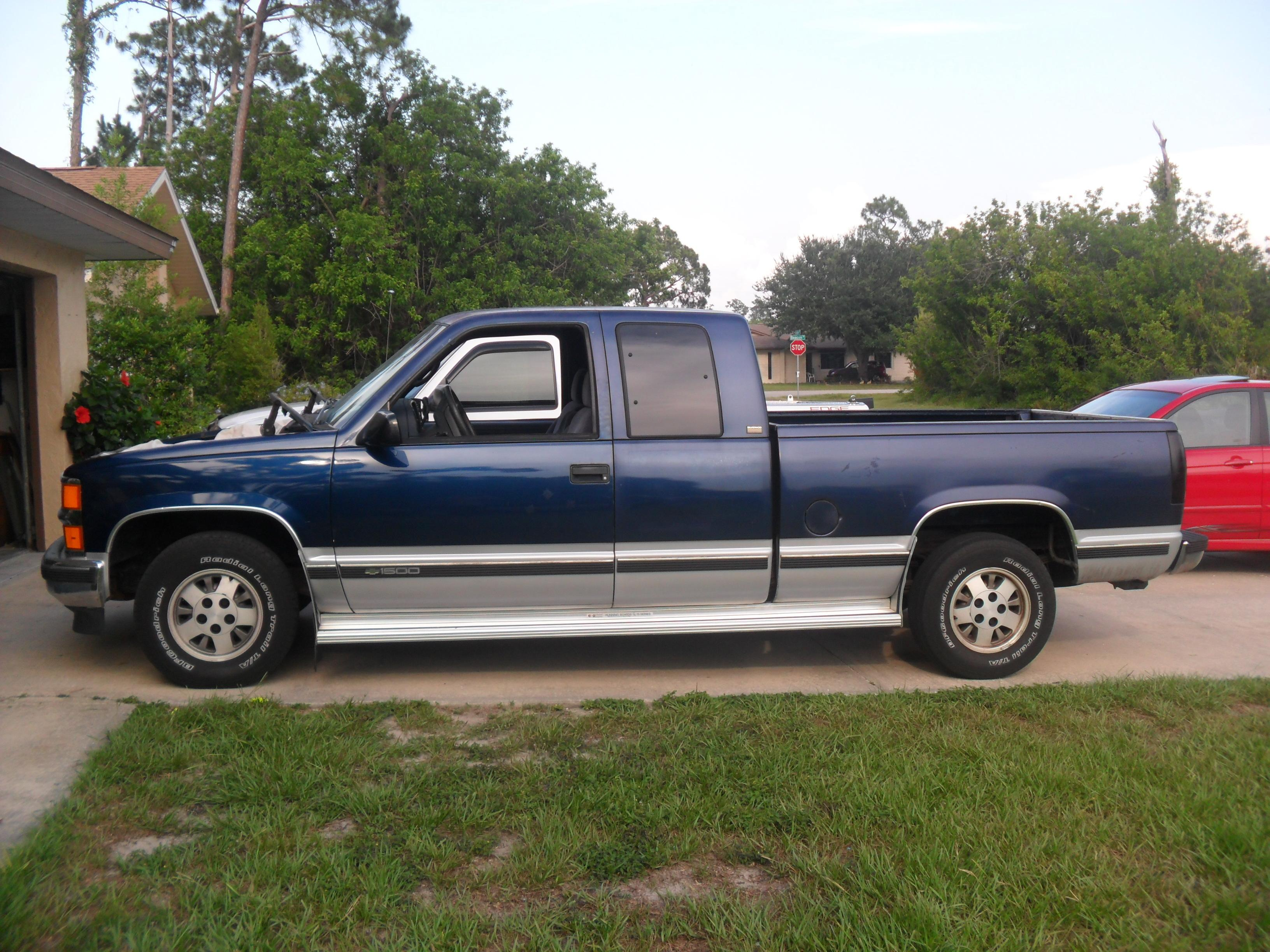 Blueandblack1887 1995 chevrolet silverado 1500 extended cab s photo gallery at cardomain