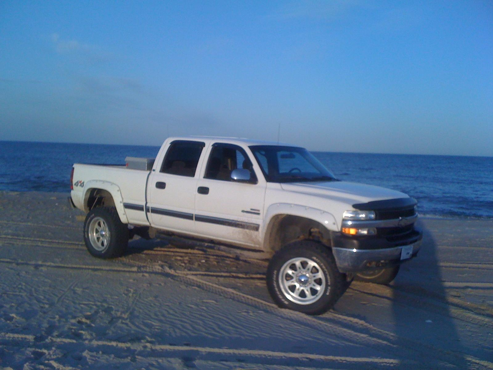 tahon24s 2001 chevrolet silverado 2500 hd crew cab specs photos modification info at cardomain. Black Bedroom Furniture Sets. Home Design Ideas