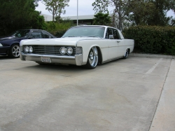 19suicide65s 1965 Lincoln Continental