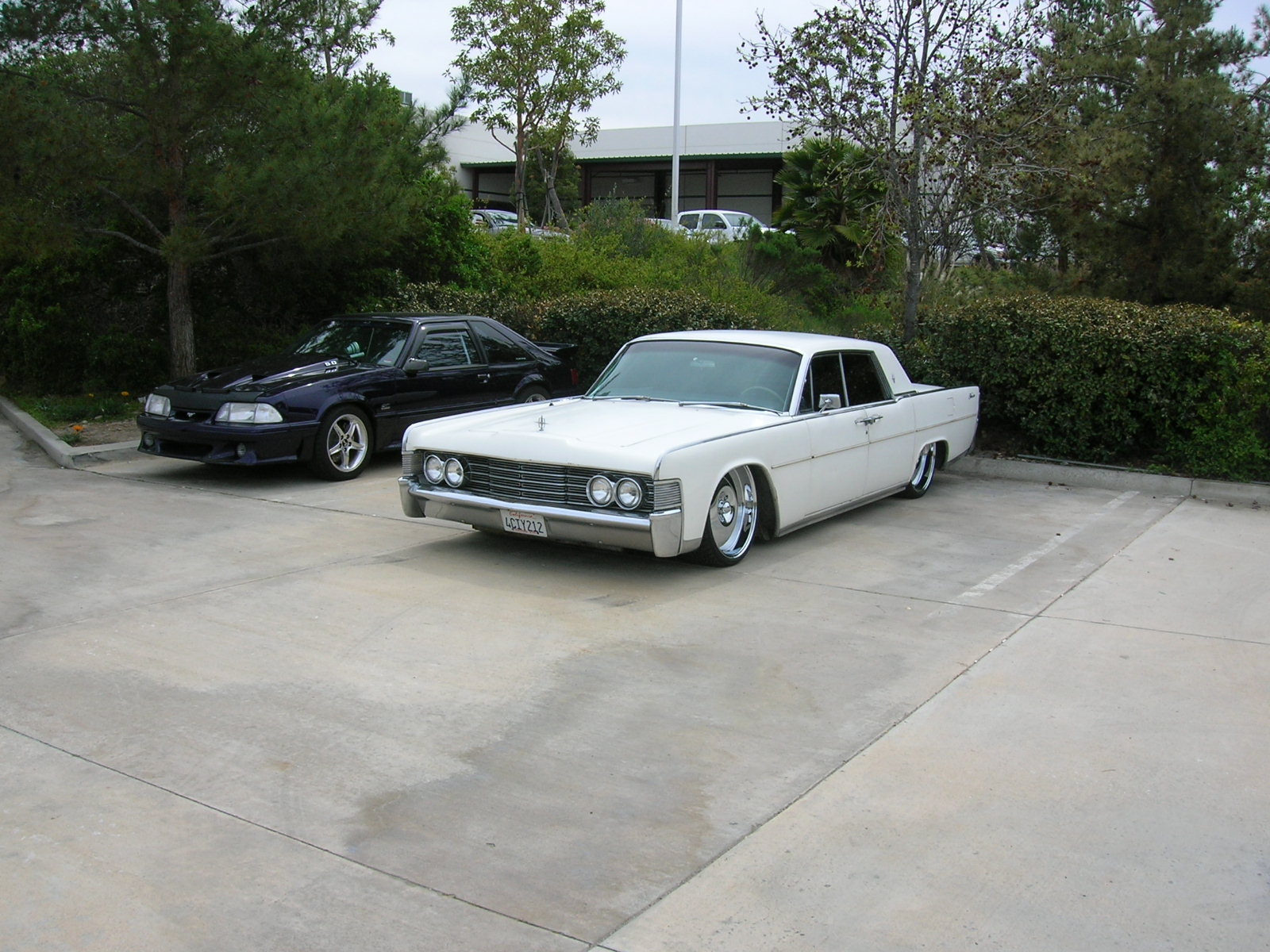 Another 19suicide65 1965 Lincoln Continental post... - 14587520