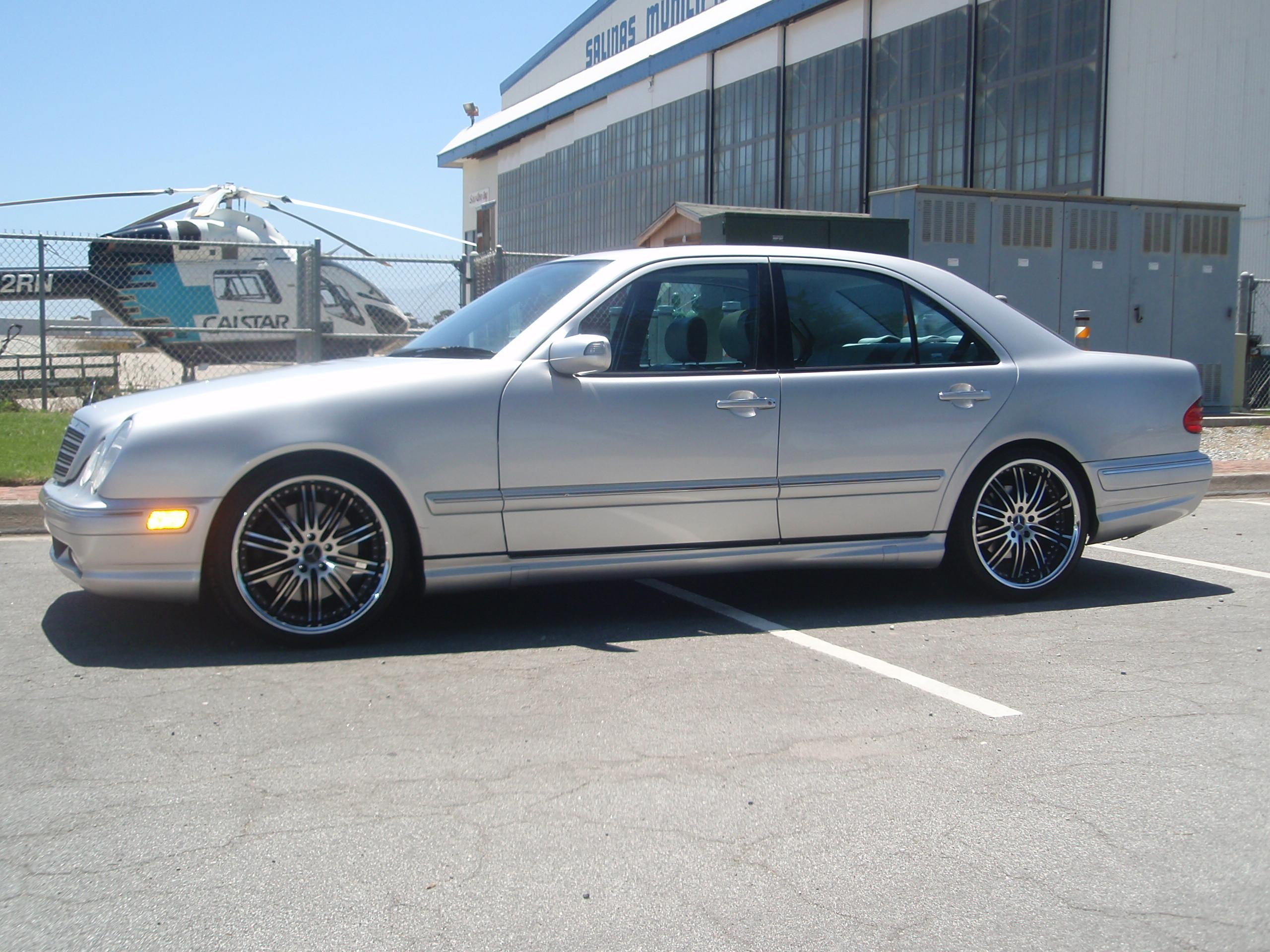 Parkwood61 2001 mercedes benz e classe55 sedan 4d specs for Mercedes benz s class 2001