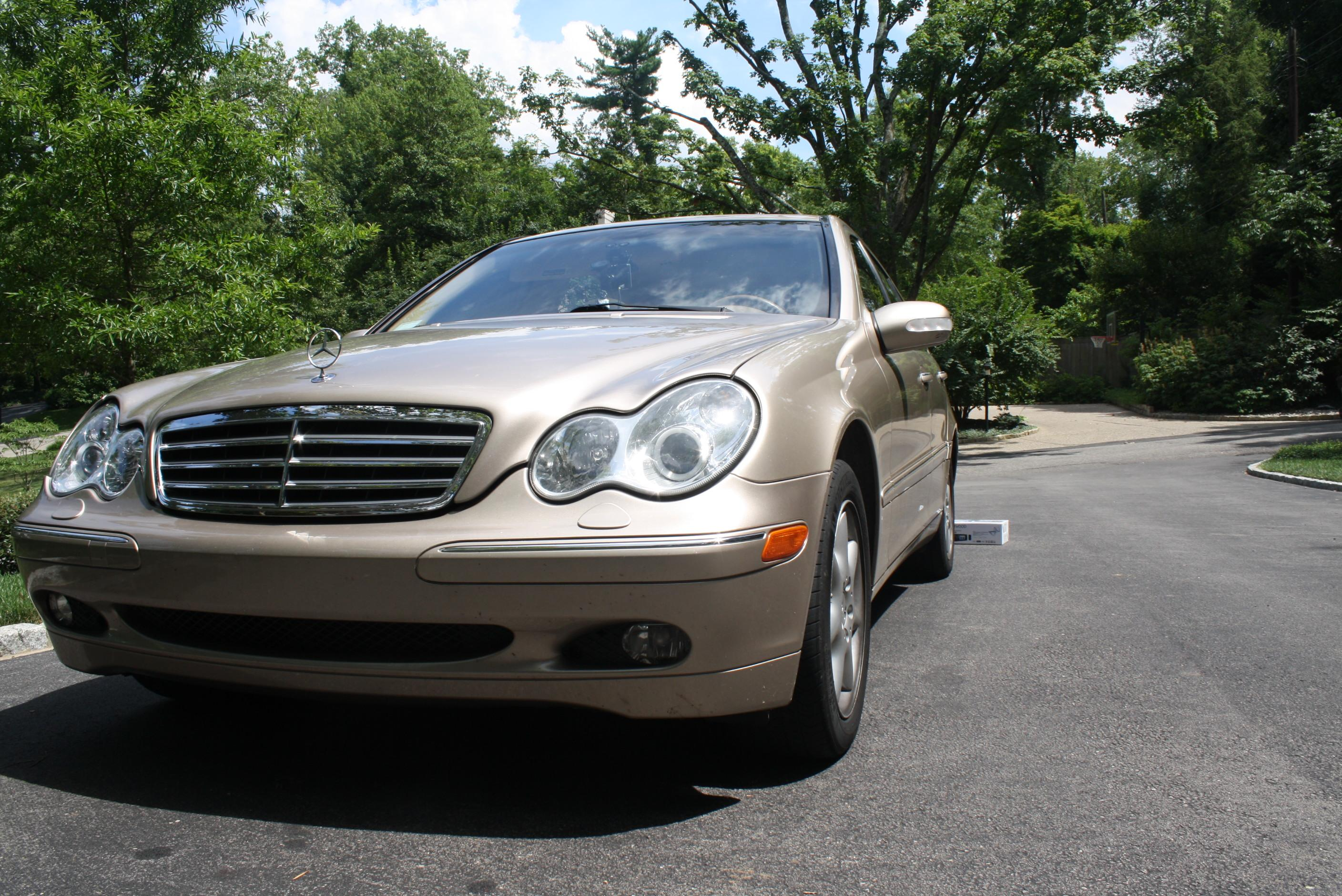Mercedesman17 2005 mercedes benz c classc240 4matic sedan for 2005 mercedes benz c class