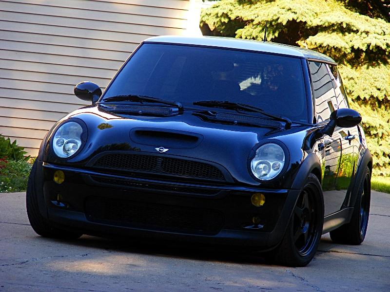 camar0LS1 2003 MINI CooperS Hatchback Coupe 2D Specs Photos