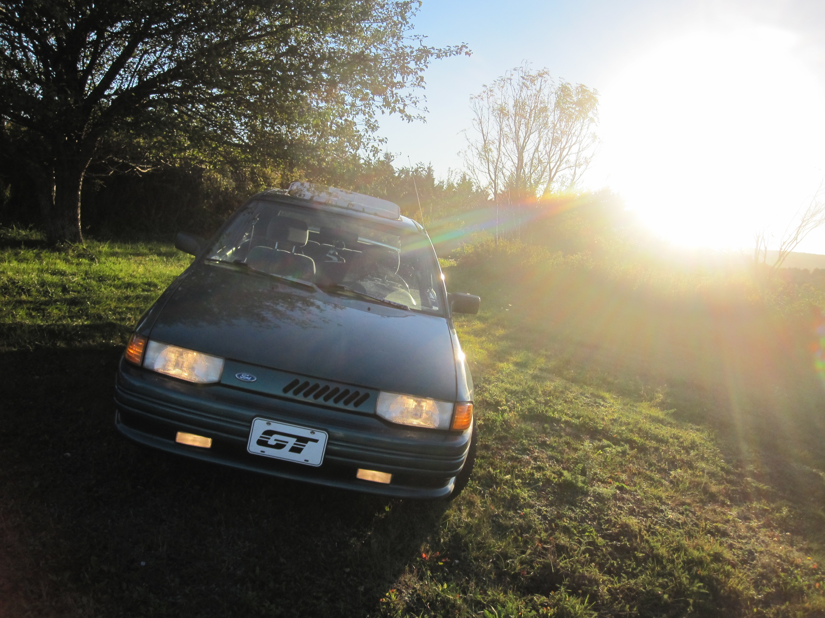 yectiR 1994 Ford Escort 14607817