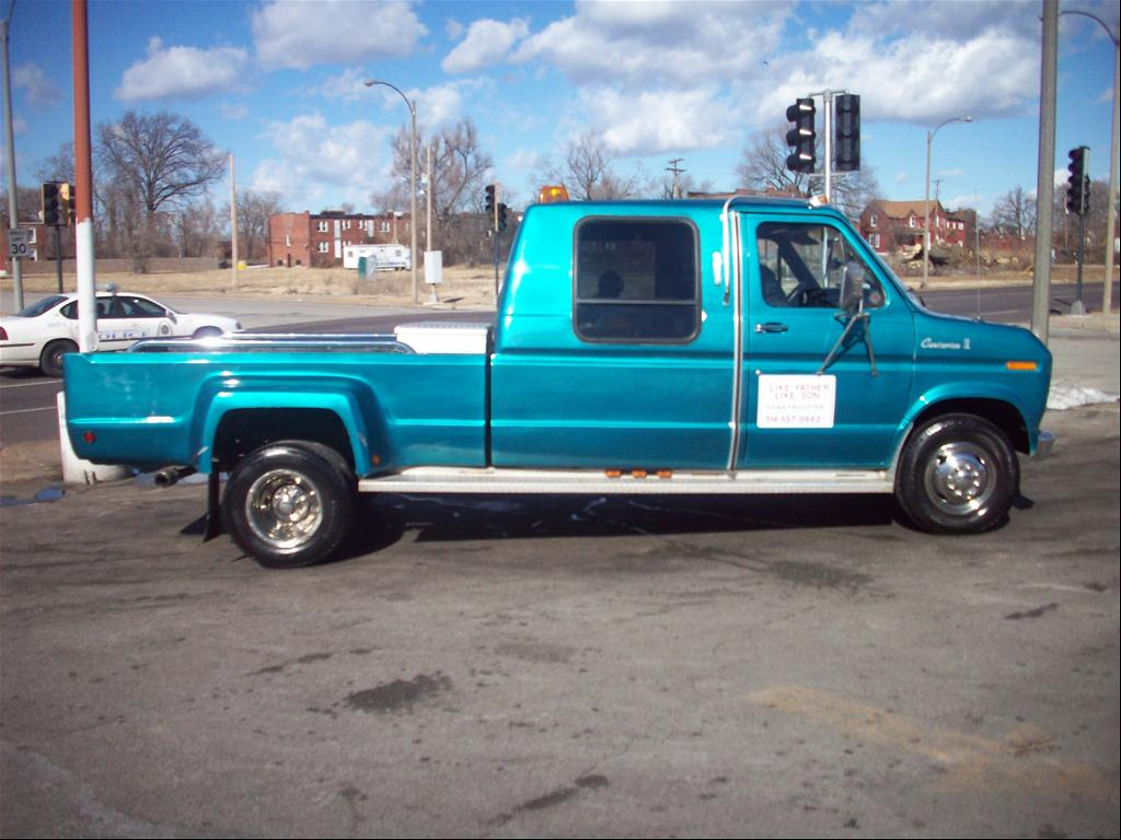 1990 Ford Centurion for Sale http://www.cardomain.com/ride/3869652