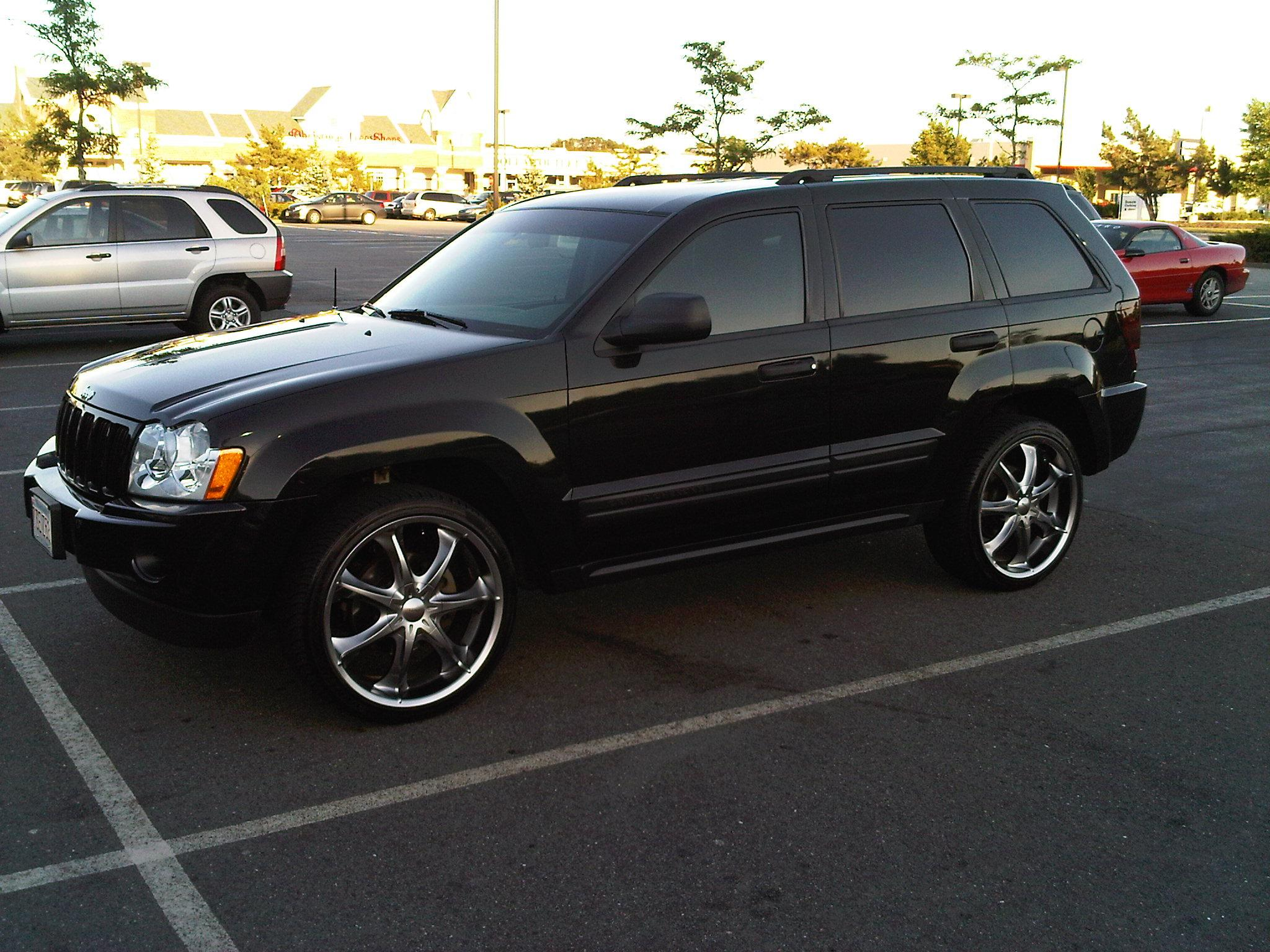 mattyprsx s 2005 jeep grand cherokeelaredo sport utility 4d specs photos modification info at. Black Bedroom Furniture Sets. Home Design Ideas