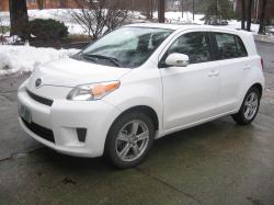 WhiteWonder08 2008 Scion xD
