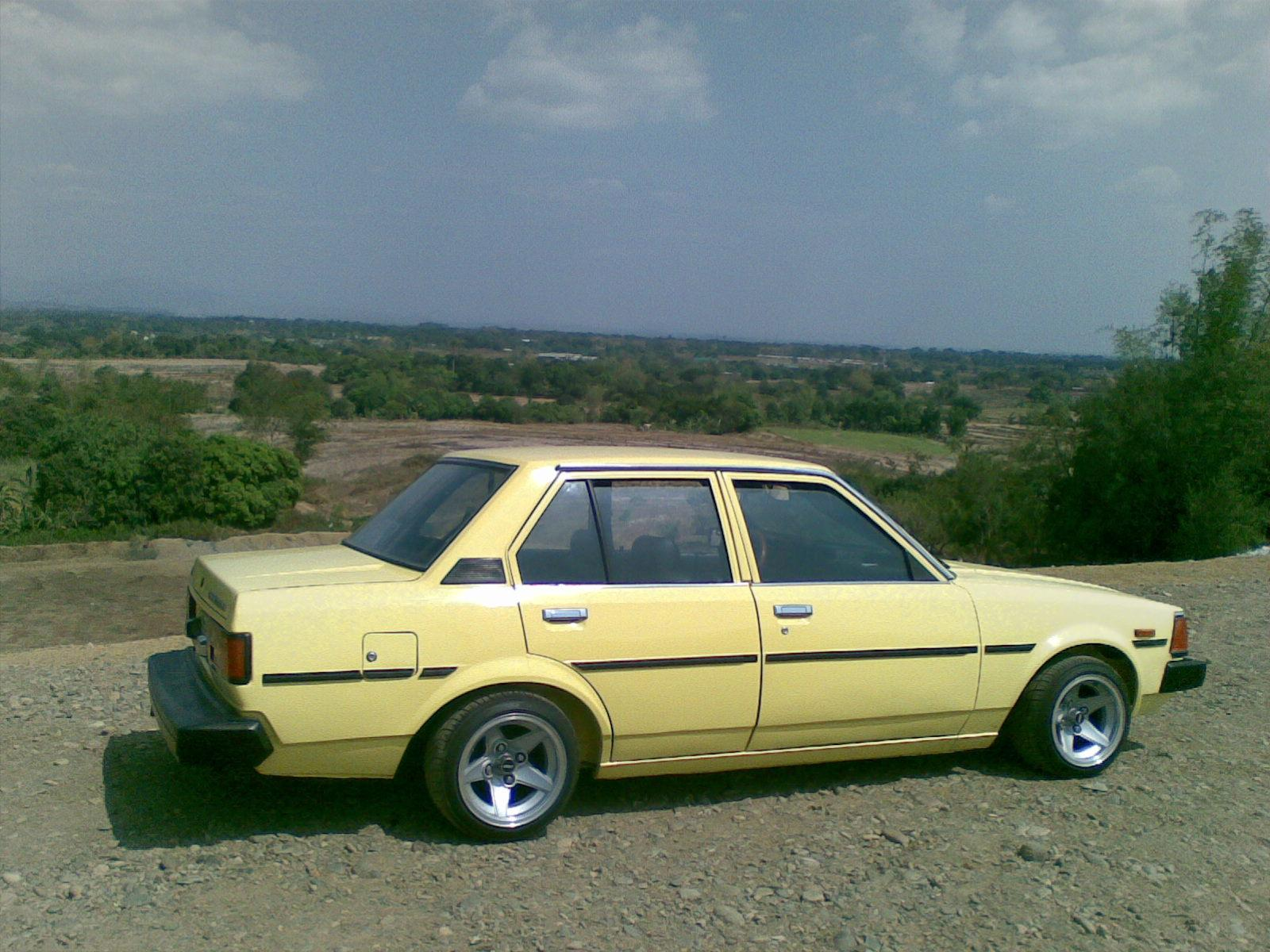 Another denshop 1982 Toyota Corolla post... - 14619599