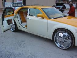 WordofMoufCustoms 2005 Chrysler 300