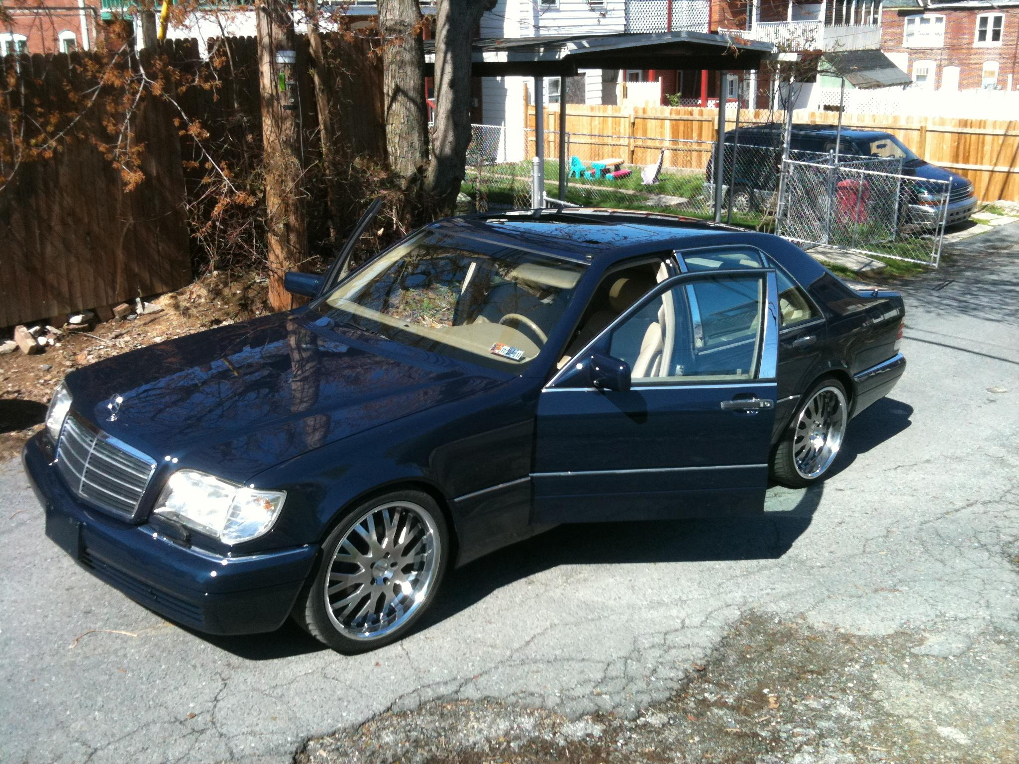 rreeves 1998 Mercedes-Benz S-Class