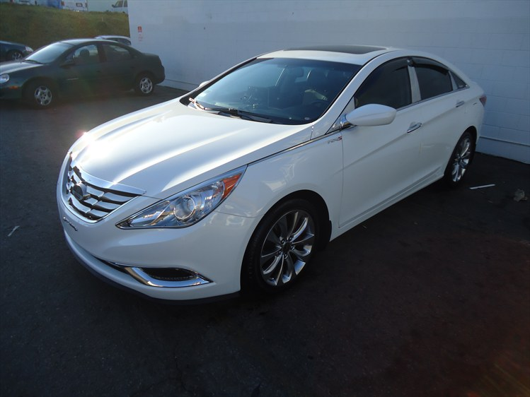 Pretty Modded White Pearl Se Found On Cardomain What Do U