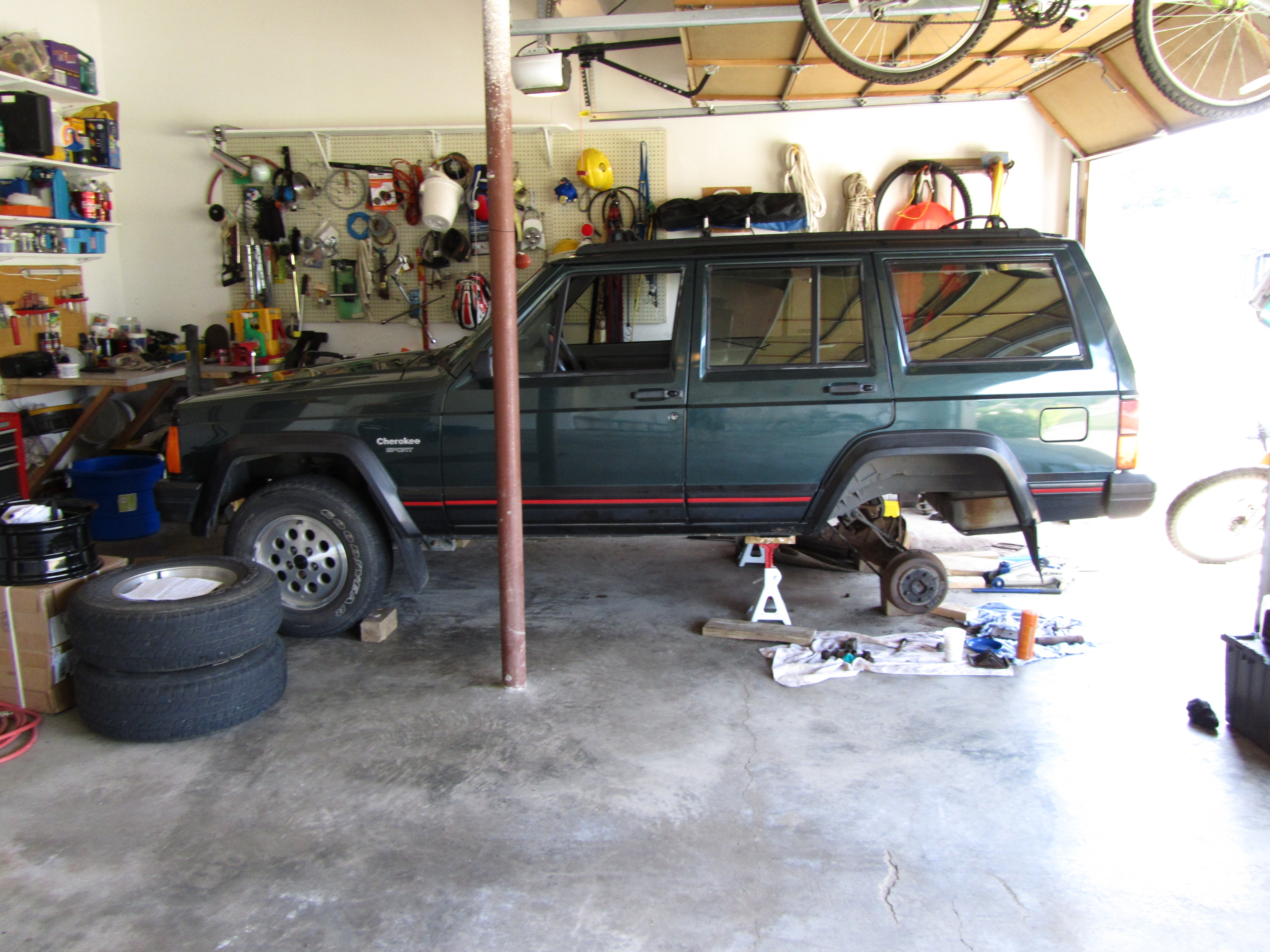 Another goss8037 1994 Jeep Cherokee post... - 14623050