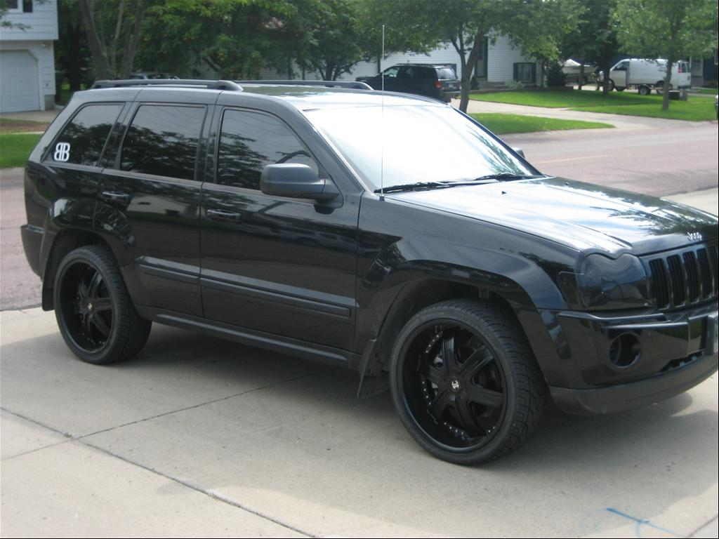 jeep releases blacked out grand cherokee concept. Black Bedroom Furniture Sets. Home Design Ideas