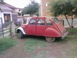 26-27s 1975 Citroen 2CV 