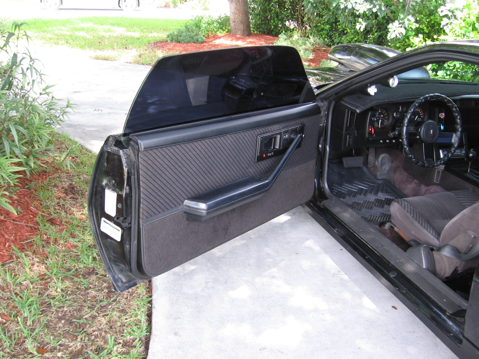 Another Blk84CamaroZ28 1984 Chevrolet Camaro post... - 14629009