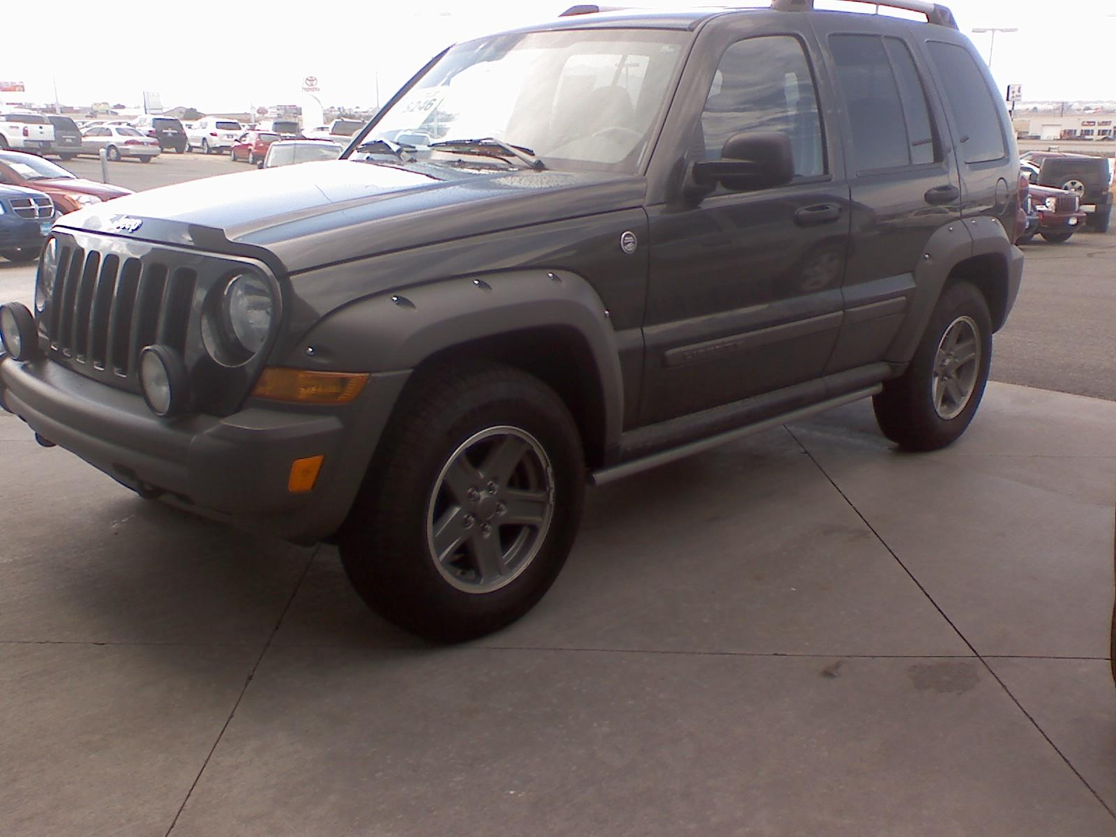 boebr1 2006 Jeep Liberty 14635716