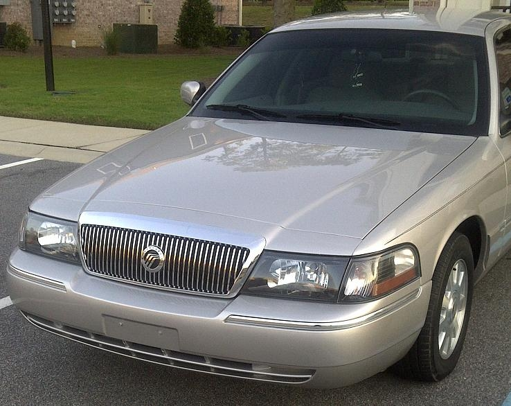 Willyism 2004 Mercury Grand Marquis Specs  Photos