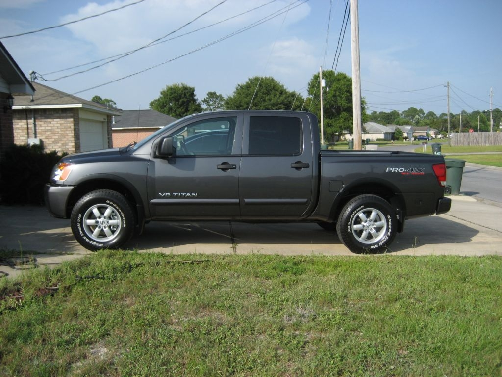 ron8921 39 s 2010 nissan titan crew cab pro 4x in pensacola fl. Black Bedroom Furniture Sets. Home Design Ideas